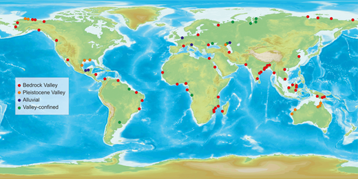 The global distribution of studied deltas and their apex type.